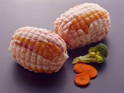 Rollo relleno de pollo campero. Carne para asar - guisar. ROLLO RELLENO